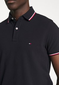 Tommy Hilfiger - TIPPED SLIM FIT - Polo shirt - blue - 5