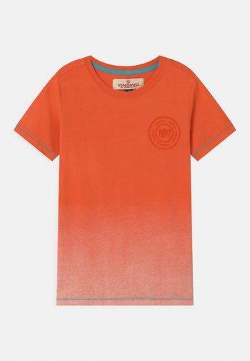 HELON - Print T-shirt - orange sun