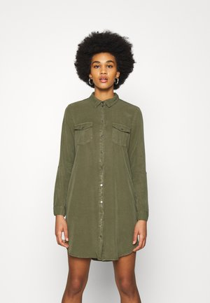 VMSILLA SHORT DRESS  - Shirt dress - ivy green