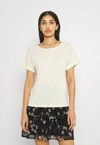 Vero Moda - VMELLEN TOP - Basic T-shirt - birch - 0