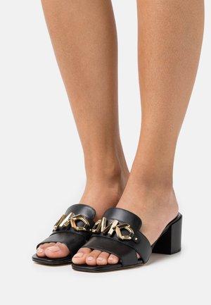 IZZY MULE - Pantofle na podpatku - black