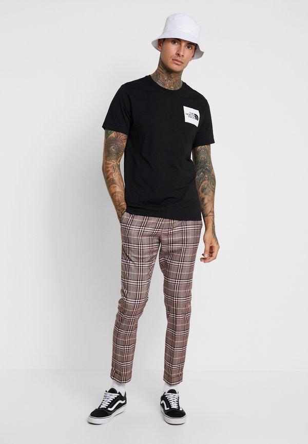 The North Face FINE TEE - T-shirt z nadrukiem - black/czarny Odzież Męska STFF