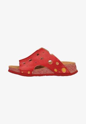 Pantofle - rot
