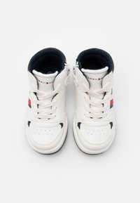 Tommy Hilfiger - Sneakers hoog - white/blue - 3
