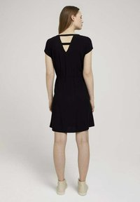 TOM TAILOR DENIM - KLEIDER & JUMPSUITS MINIKLEID MIT LENZING(TM) ECOVERO(TM) - Day dress - deep black - 2