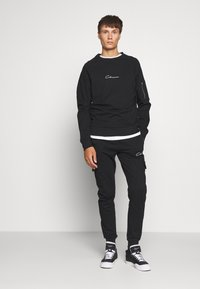 CLOSURE London - UTILITY CREWNECK - Sudadera - black - 1