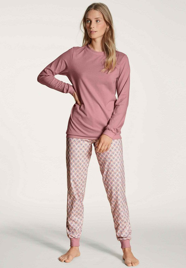 Pyjama set - rose bud
