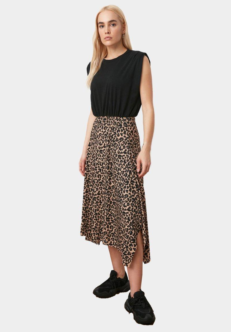 Trendyol - A-line skirt - brown