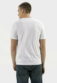 camel active - Basic T-shirt - broke white - 2