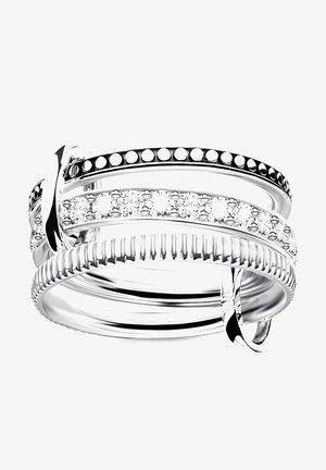 TRIPLE ZIRKONIA - Ring - silber