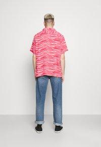 Levi's® - CUBANO SHIRT - Koszula - paradise pink - 2
