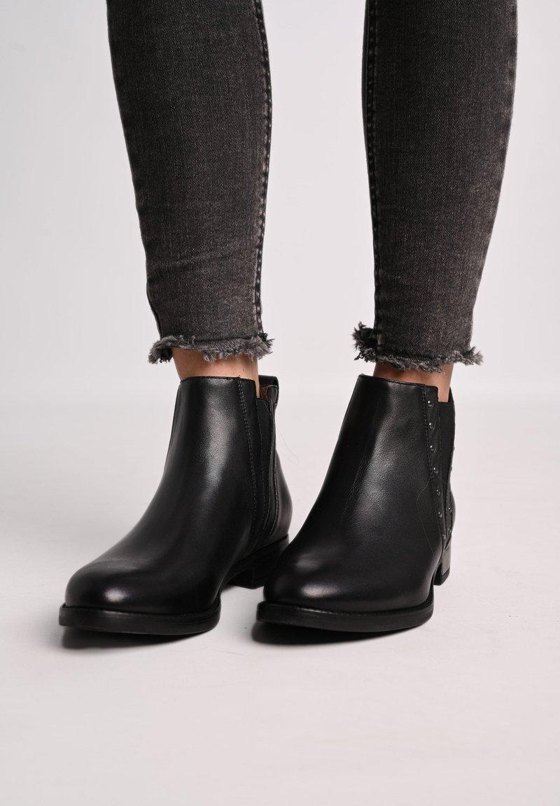 NeroGiardini - Ankle boots - nero