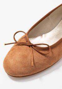paolifirenze - Ballerina's - camel - 2