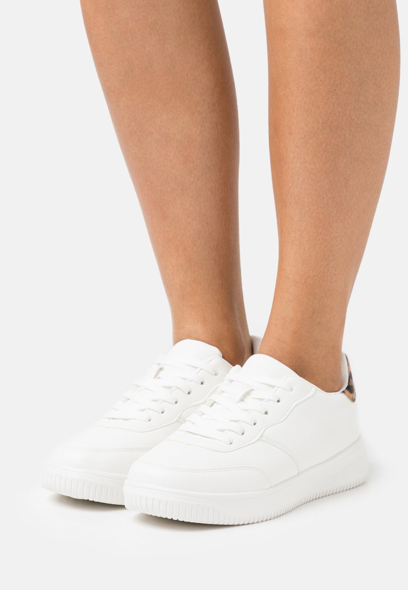 Rubi Shoes by Cotton On Wide Fit - WIDE FIT ALICE - Sneakers basse - white