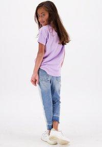 Vingino - SENNA  - Print T-shirt - bright lavender - 1