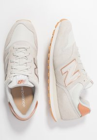 New Balance - WL373 - Trainers - beige - 3
