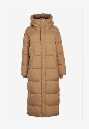 EMMA WILLIS LONG  DUVET - Down coat - camel
