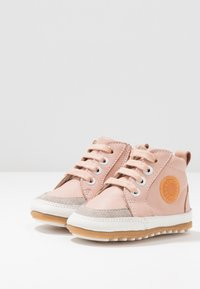Robeez - MIGO - First shoes - light pink - 3