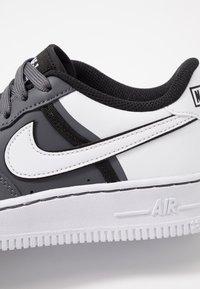 Nike Sportswear - AIR FORCE 1 LV8  - Trainers - dark grey/white/black - 2