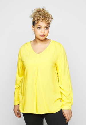 BLOUSE WITH PLEAT - Blouse - california sand yellow