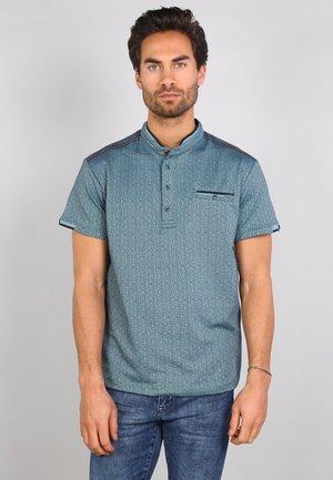 Polo shirt - kale green