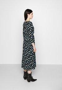ONLY - ONLPELLA DRESS - Korte jurk - black/multi-colour - 2