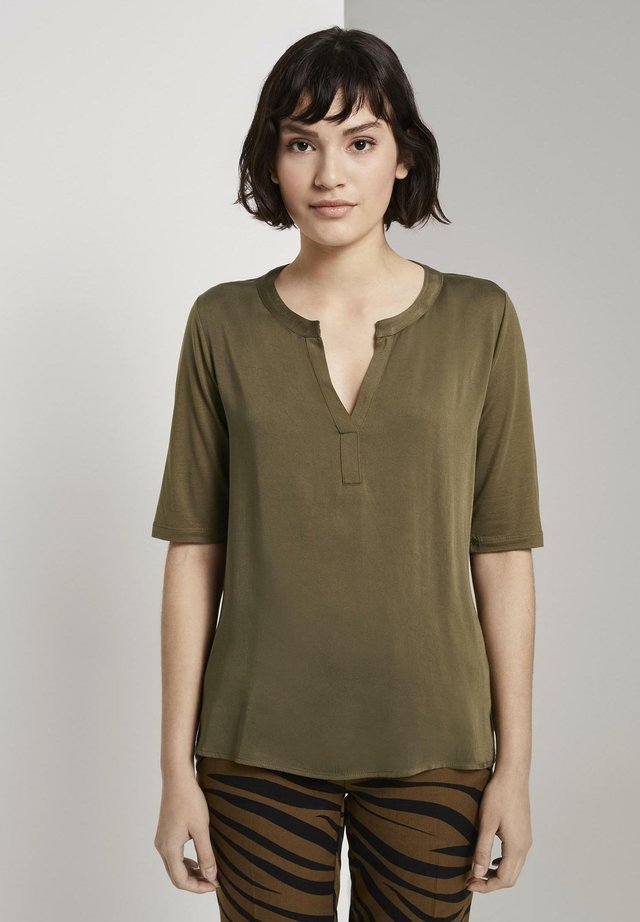 Blouse - military olive green