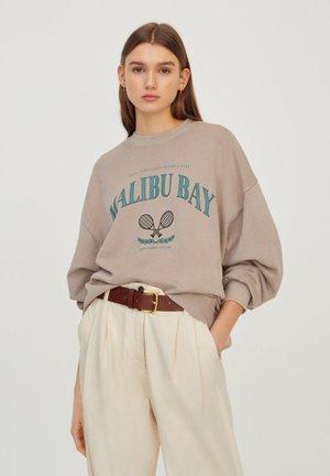 MIT WAPPEN - Sweatshirts - beige