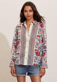 Odd Molly - REBECCA - Button-down blouse - golden porcelain - 0