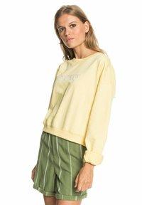 Roxy - BREAK AWAY CREW - Sweatshirt - pale banana - 3