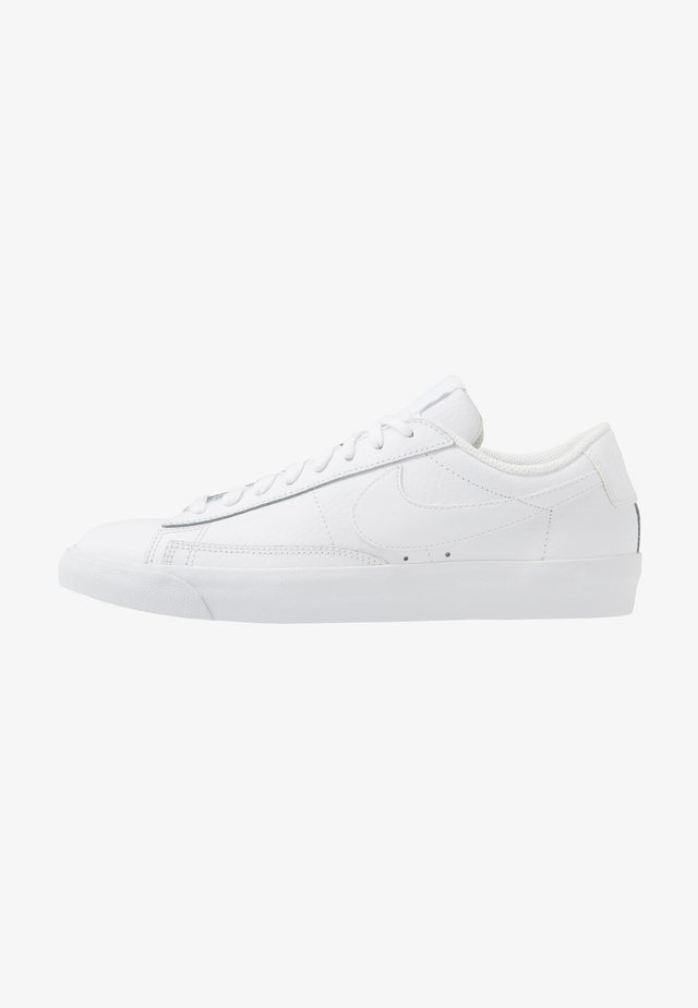 BLAZER UNISEX - Baskets basses - white