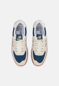 New Balance - AM574 UNISEX - Zapatillas - white/gold - 3