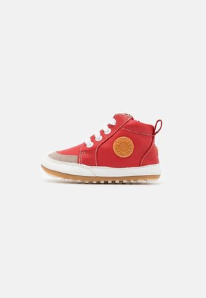 MIGO - Baby shoes - rouge