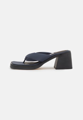 APRIL - T-bar sandals - ink reflective