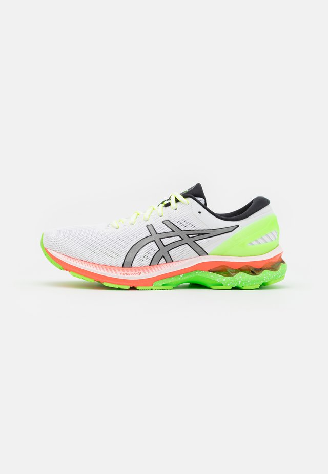 GEL-KAYANO 27 SUMMER LITE SHOW - Chaussures de running stables - white/pure silver