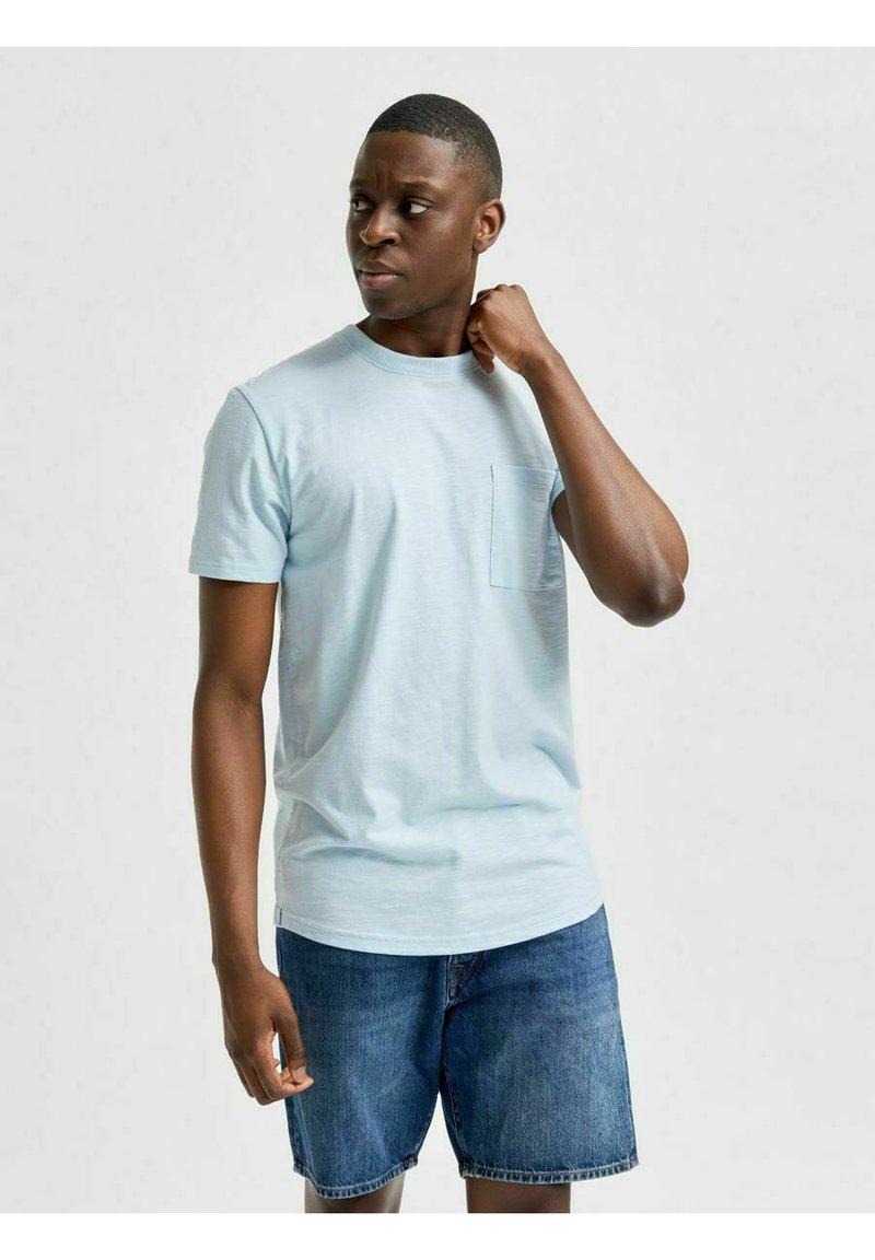 Selected Homme - T-shirt - bas - light blue melange