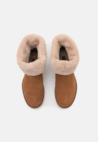 Timberland - LUCIA PULL ON WP - Winter boots - rust - 5