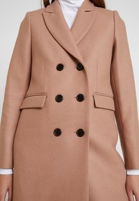 IVY & OAK - CLASSIC DOUBLE BREASTED COAT - Mantel - winter camel - 5