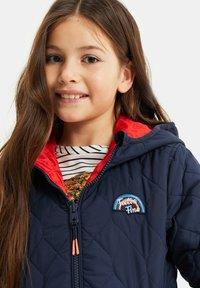 WE Fashion - DUFF VELAN REVERSIBLE - Light jacket - light red - 2