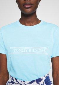 Tommy Hilfiger - REGULAR - Triko spotiskem - sail blue - 3