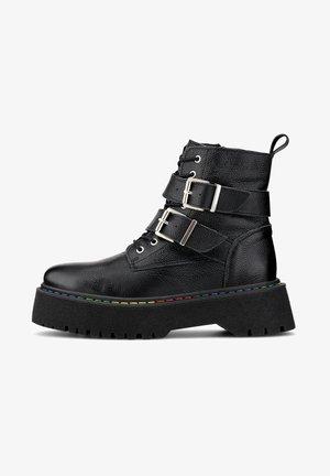 TREND - Cowboy/biker ankle boot - schwarz