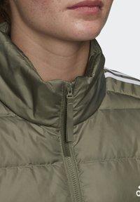 adidas Performance - ESSENTIALS PRIMEGREEN OUTDOOR DOWN - Down jacket - green - 4