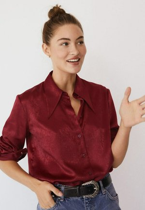 LARGUI-I - Button-down blouse - granatrot
