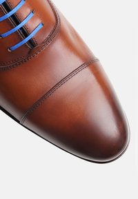 SHOEPASSION - NO. 5571 BL - Smart lace-ups - cognac - 4