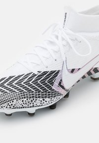 Nike Performance - MERCURIAL 7 PRO MDS AG-PRO - Moulded stud football boots - white/black - 5