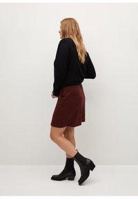 Violeta by Mango - SIENNA - Pencil skirt - rot - 4