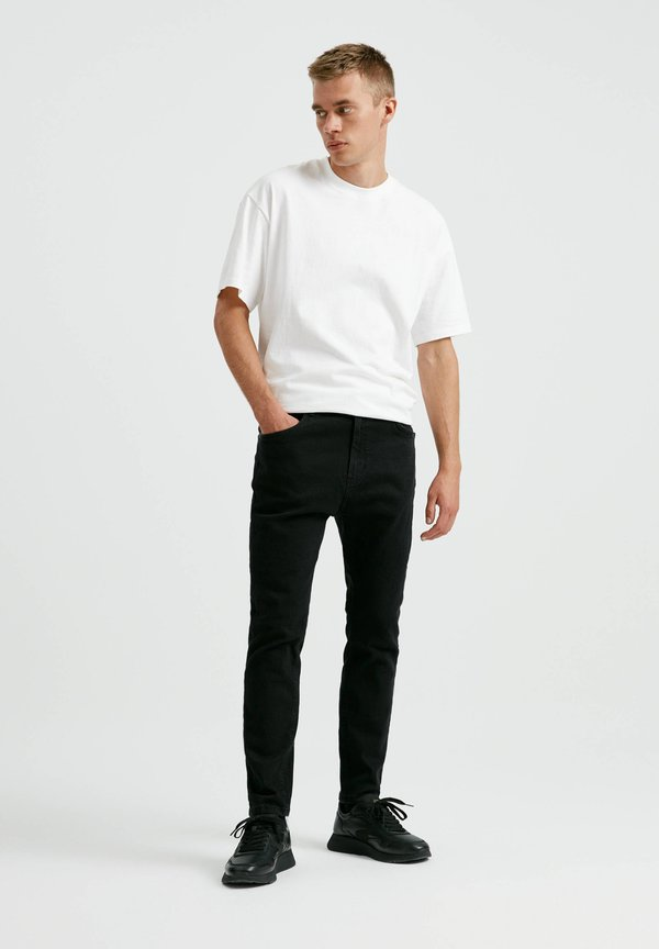 PULL&BEAR Jeansy Skinny Fit - black/czarny Odzież Męska DVBI