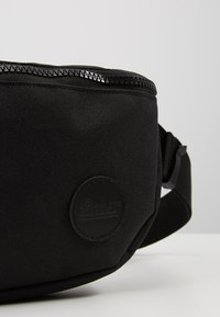 Enter - HIP BAG - Ledvinka - black - 2