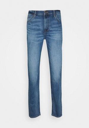 AUSTIN - Straight leg jeans - mid kansas