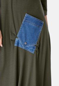 HELMIDGE - Maxi dress - khaki - 4